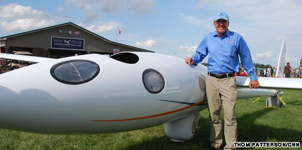 oshkosh airshow perlan super glider