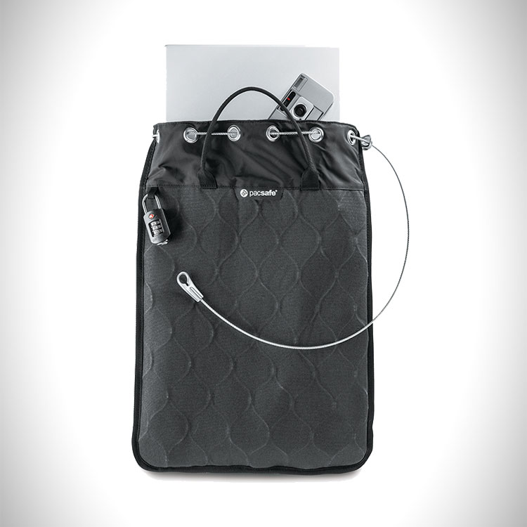 Pacsafe Travelsafe 12L portable travel safe
