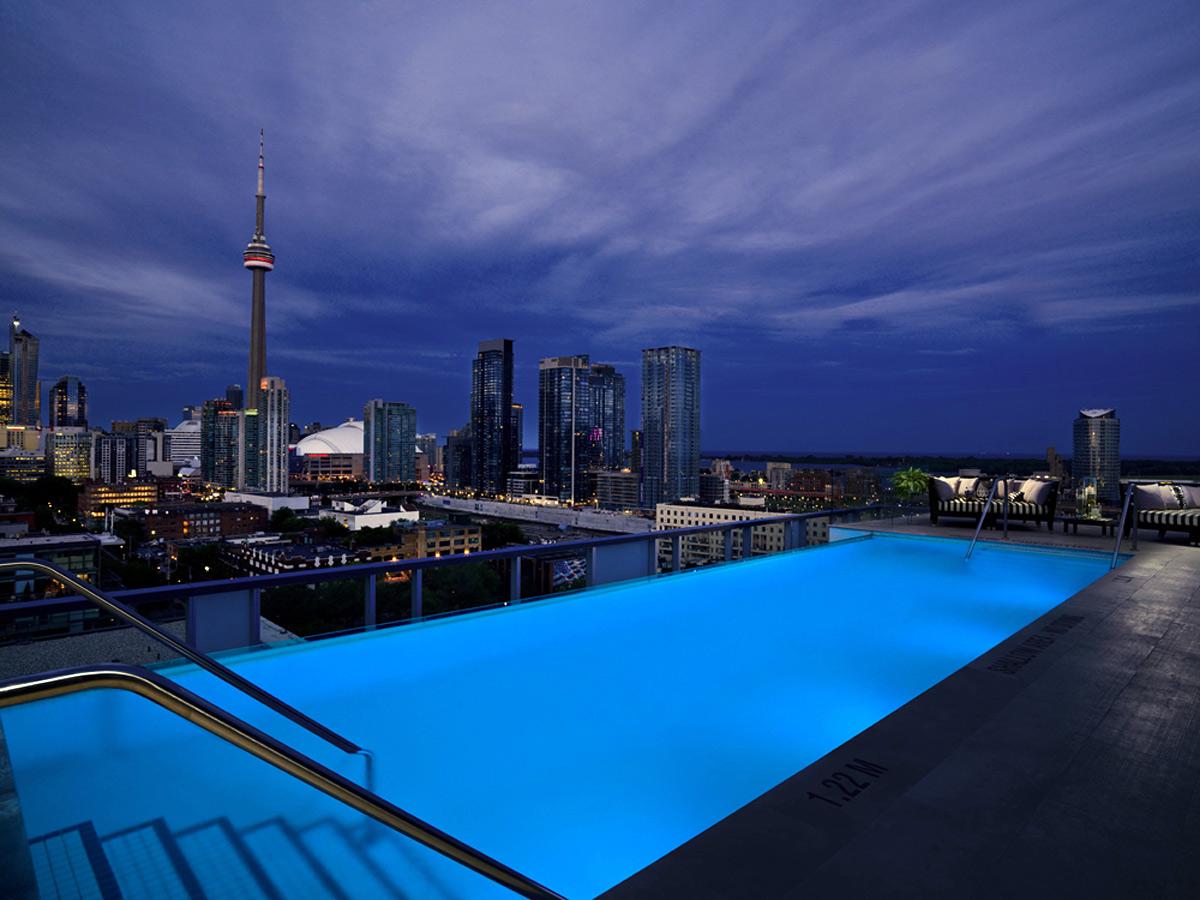 Rooftop Lounge (Toronto)