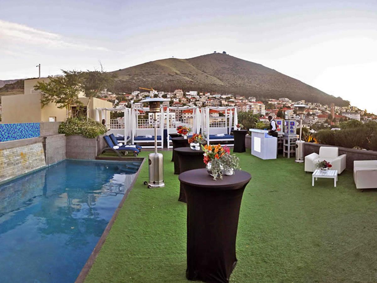 Sky Bar (Cape Town)