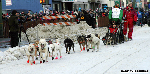 Warm winter forces Iditarod dog sled race to move north