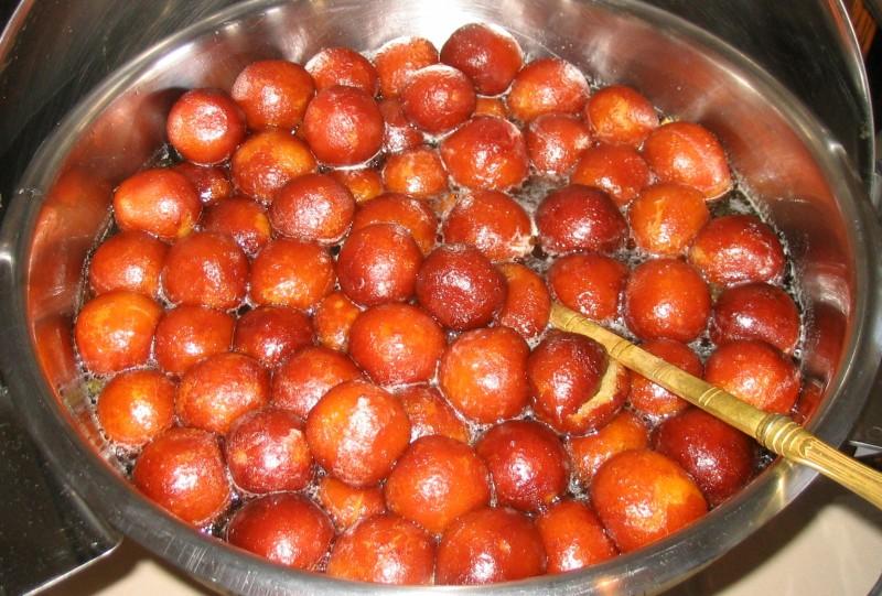 Travel Street Food: Gulab Jamun
