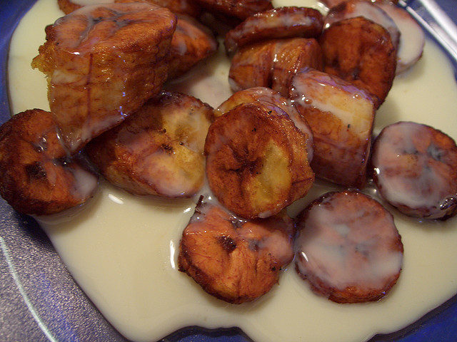 Travel Street Food: Platanos Fritos