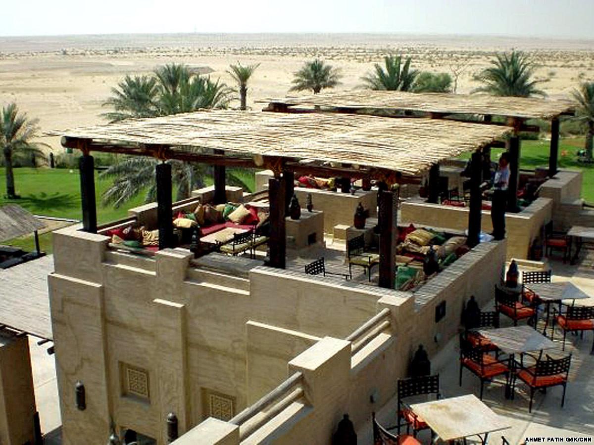 Al Hadheerah, Dubai eateries
