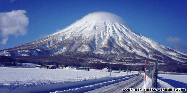 Niseko backcountry skiing