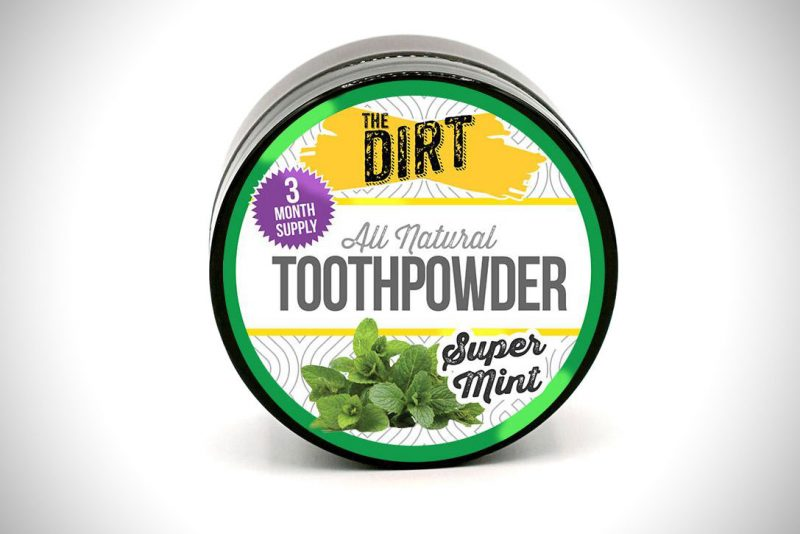 The Dirt tooth powder in Super Mint flavor
